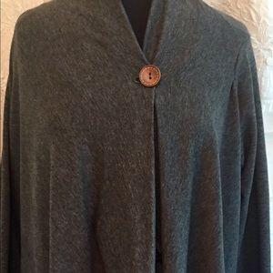 bobeau Sweaters - BOBEAU Gray 1Button Closure High Low Cardigan L